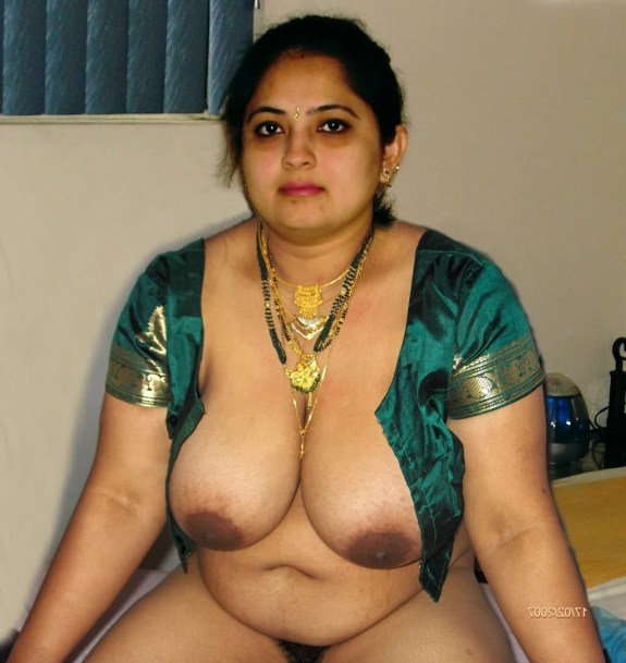 Middle aged kerala sexy women in nude